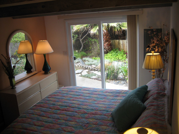 King Bedroom - View Outside